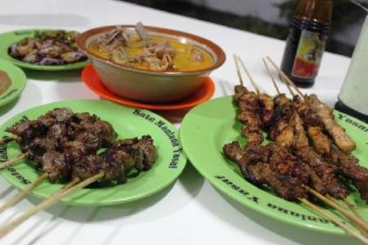 kuliner-bandung-murah-meriah-sate-maulana-yusuf-bandung